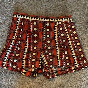 H&M Flowy Patterned Shorts